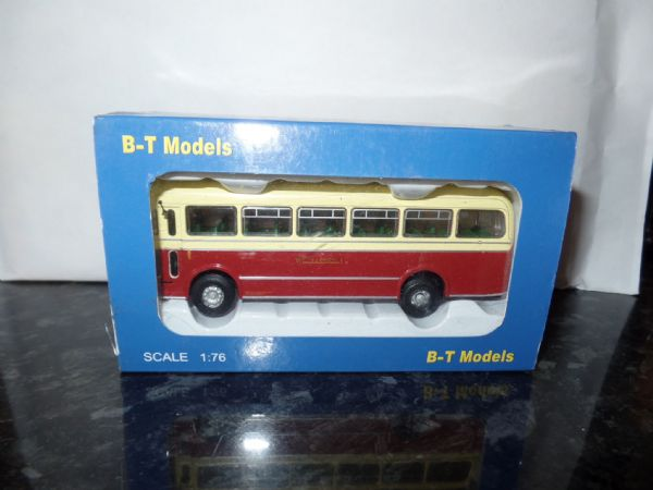 B T Models B203B  Bristol MW Bus Coach Wilts & Dorset  route 34 Weymouth